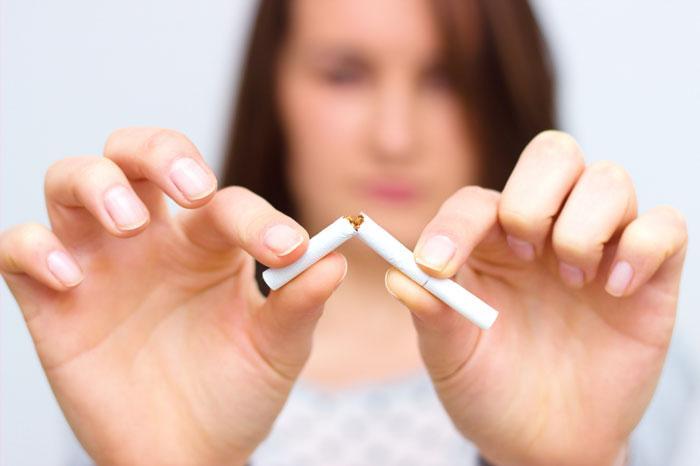 Alkol ve sigara tüketimi görme kaybına yol açabilir!