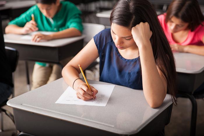 Sınava çalışırken kullanılan uyarıcıların ciddi yan etkileri var