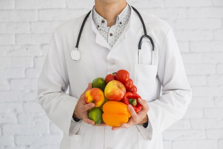 Bilinçsizce kullanılan vitamin takviyeleri göz sağlığını olumsuz etkiliyor